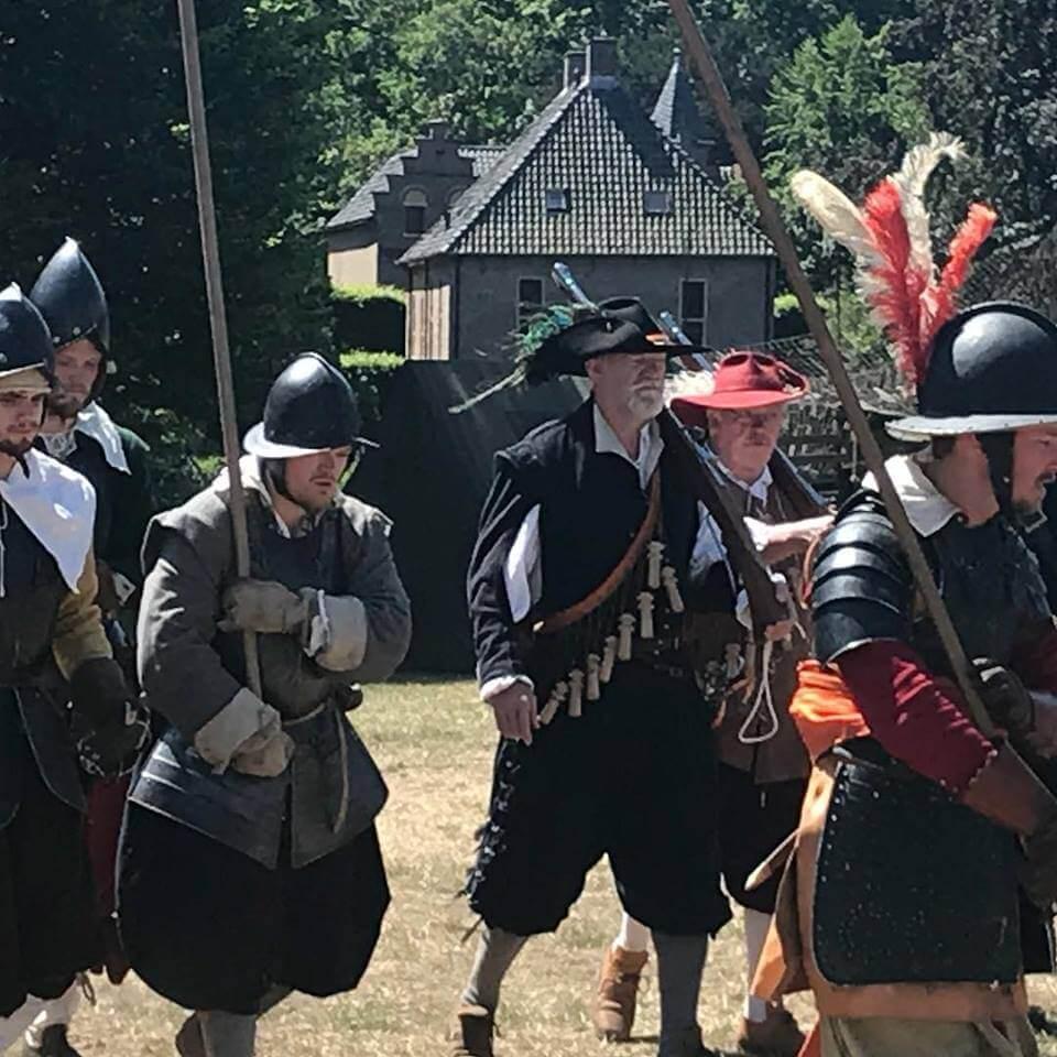 Historisch Festijn Vorden en Robes & Cloaks