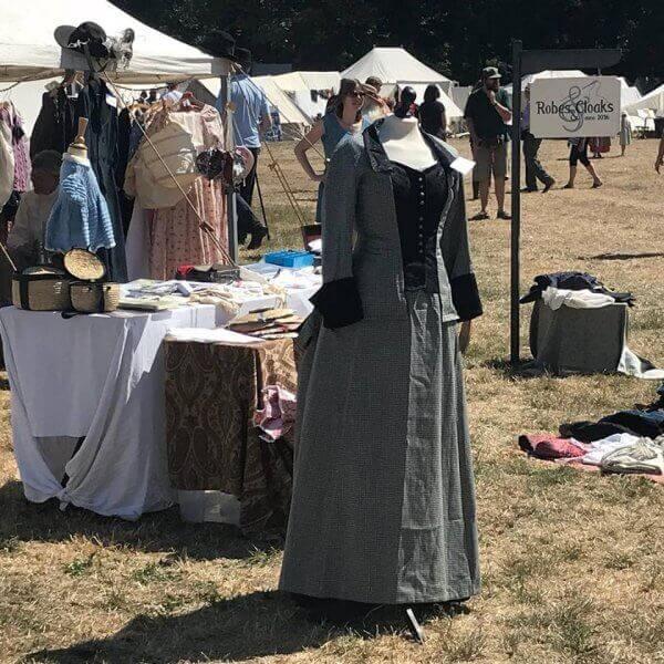 masterclass historische kleding Robes & Cloaks