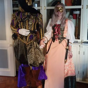 cosplay robes&cloaks